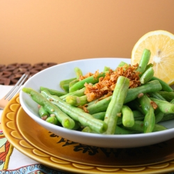 Simple Lemon Garlic Green Beans wit